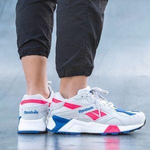 Reebok Classic Aztrek Sneakers Size 9.5